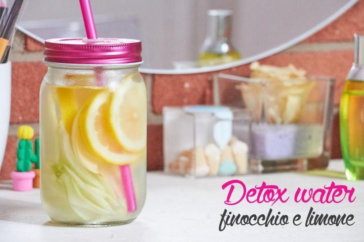 Acqua detox anti gonfiore al limone efinocchio
