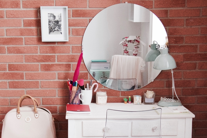 BEAUTY AT HOME | IDEE PER ARREDARE IL BEAUTY CORNER DI CASA