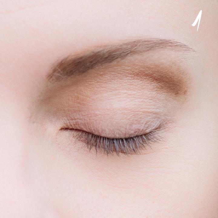 make-up-tutorial-smokey-blu-oro-1