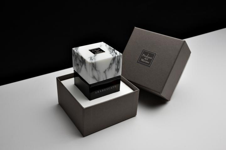 Arabescato with box