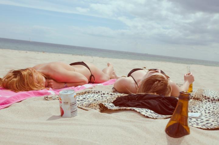 beach-455752_1920-2