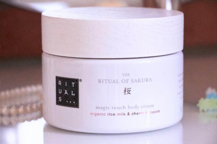Rituals sakura magic touch crema