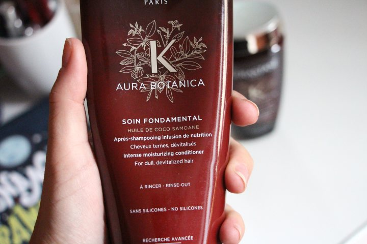 SOIN FONDAMENTAL MOISTORUZING DEEP CONDITIONER